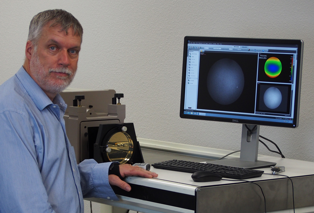 Dwight Lindsey with Zygo Phase Shift Interferometer